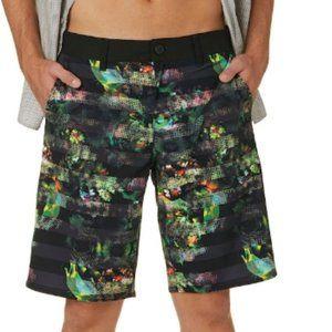 Van's Men's Vanphibian Beflor Shorts
